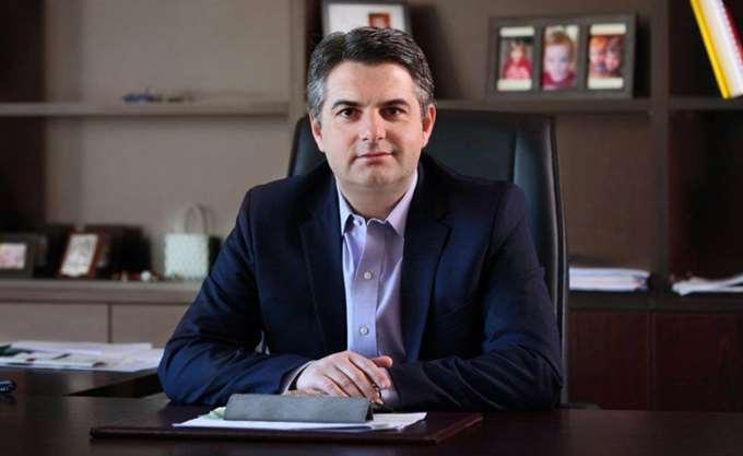 """Κωσταντινόπουλος: """"Δύο οι επιλογές: να παλέψεις ή να γίνεις Φώτης Κουβέλης"""""""