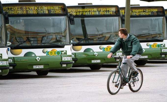 Ακινητοποιημένα τα τρόλεϊ και τα λεωφορεία στις 31 Μαΐου