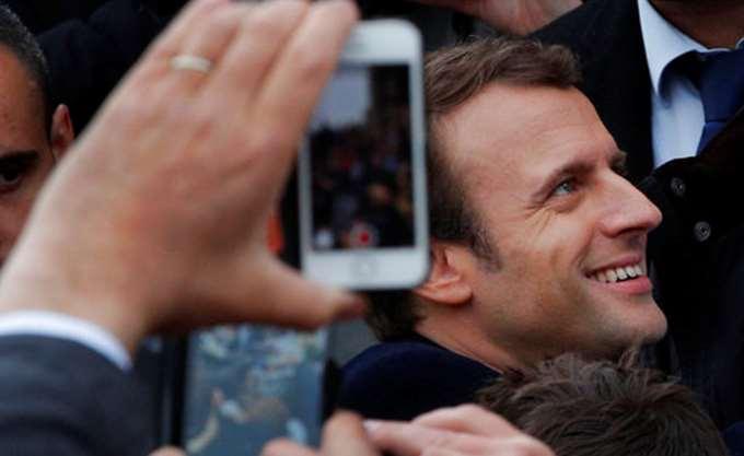 Mακρόν: Η Ευρώπη δεν πρέπει να απομονώσει τους Τραμπ και Πούτιν