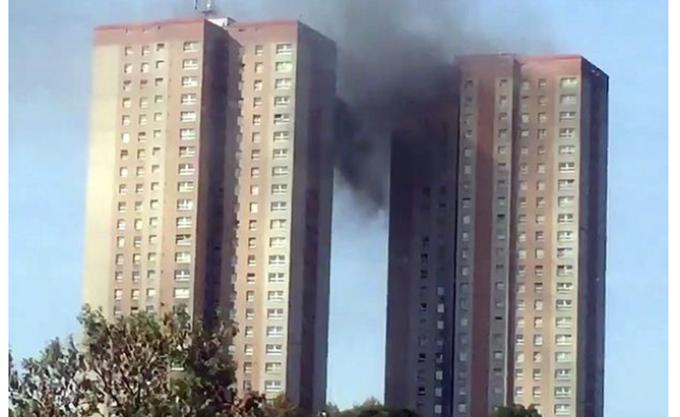Βρετανία: Πυρκαγιά σε συγκρότημα κατοικιών στην πόλη του Λιντς