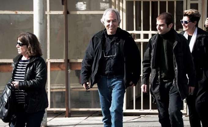 Επέστρεψε στις φυλακές μιάμιση ώρα νωρίτερα ο Δ. Κουφοντίνας