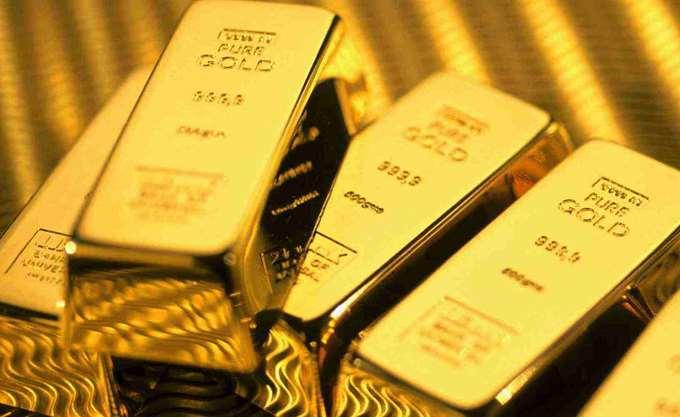 Χρυσός: Διεκόπη το εβδομαδιαίο πτωτικό σερί με τη βοήθεια του δολαρίου