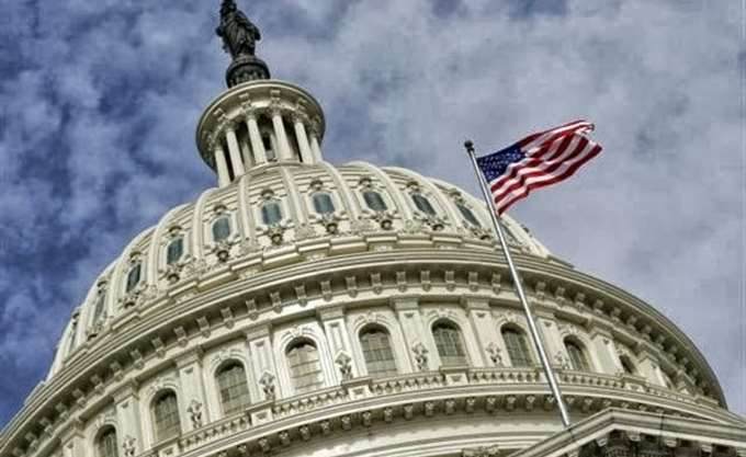 ΗΠΑ: Μικρή πτώση του δείκτη PMI για τις υπηρεσίες τον Νοέμβριο