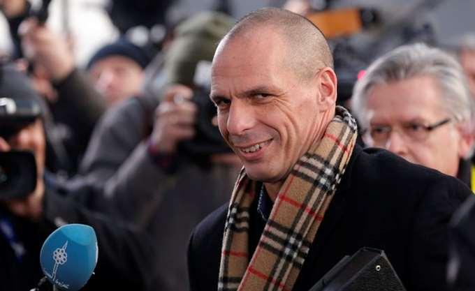 Der Spiegel: Οι ρητορικές κορώνες των Ιταλών λαϊκιστών θυμίζουν τις απειλές Βαρουφάκη