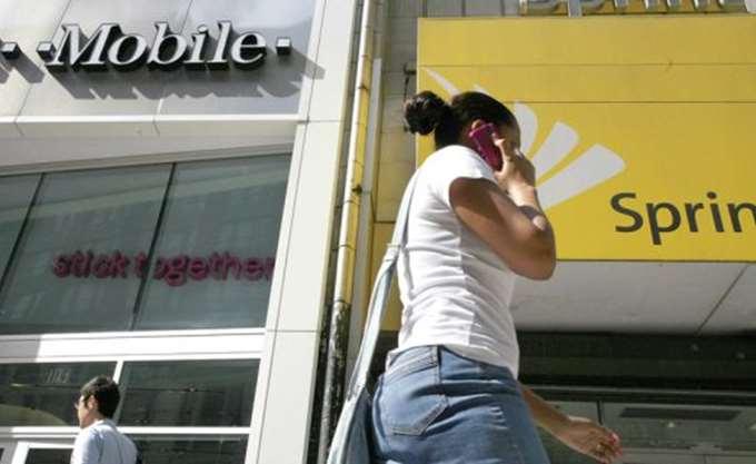 Σε συμφωνία συγχώνευσης κατέληξαν T-Mobile και Sprint
