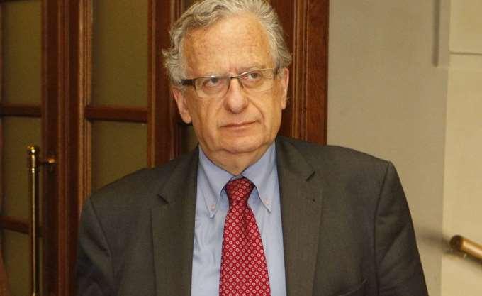 Παραιτήθηκε ο πρόεδρος της ΕΕΔΑ καταγγέλλοντας την κυβέρνηση