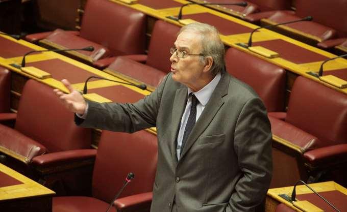 """Γ. Καρράς (ΚΙΝΑΛ): Η κυβέρνηση έδωσε """"πανωπροίκι"""" στις τράπεζες την αύξηση του τόκου υπερημερίας"""