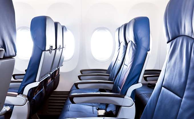 Ενσωματώνεται στο εθνικό δίκαιο η Οδηγία για τα ονομαστικά αρχεία επιβατών αεροπορικών εταιρειών