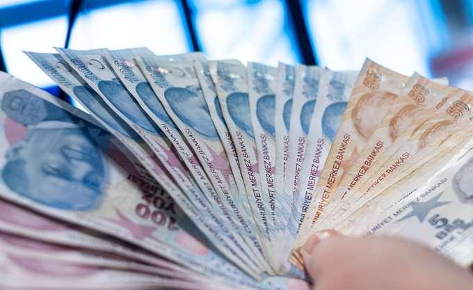 Τουρκία: Σε χαμηλό ενός έτους η λίρα έναντι του δολαρίου