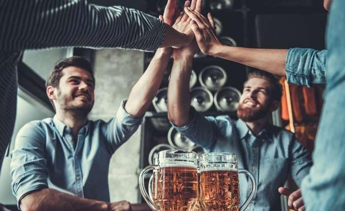Μικρή αύξηση των προ φόρων κερδών της Young & Co's Brewery
