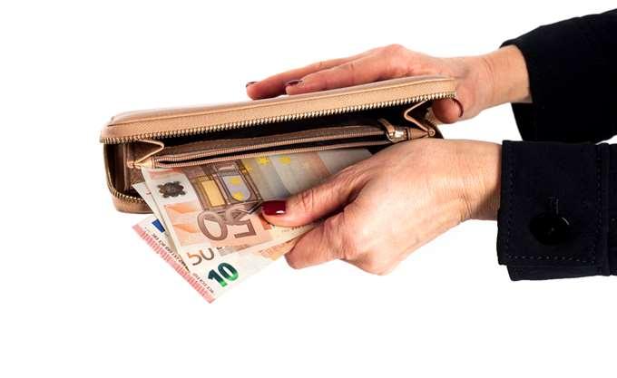 Έρχονται τα εκκαθαριστικά με τις διπλές εισφορές για τους ελεύθερους επαγγελματίες