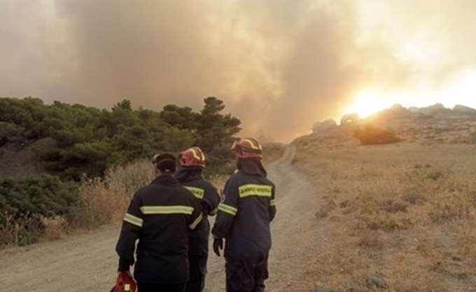 Πάτρα: Φωτιά στην περιοχή Ριγανόκαμπος