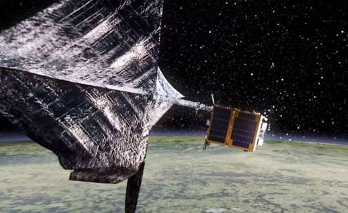 """Έτοιμο για εκτόξευση το ευρωπαϊκό διαστημικό """"αλιευτικό-σκουπιδιάρικο"""""""