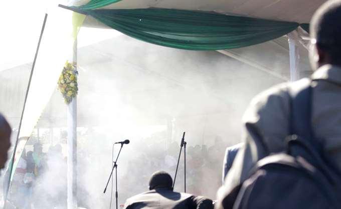 Ζιμπάμπουε: Έκρηξη σε προεκλογική ομιλία του προέδρου Μνανγκάγκουα