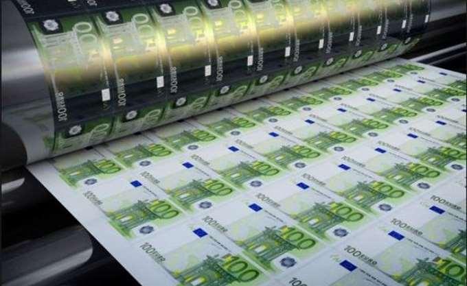 FT: Η Ελλάδα σχεδιάζει έως και τρεις εκδόσεις νέων ομολόγων το α' εξάμηνο του 2018