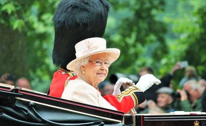 Βρετανία: Στα 92 της η βασίλισσα Ελισάβετ έκανε την πρώτη της ανάρτηση στο Instagram