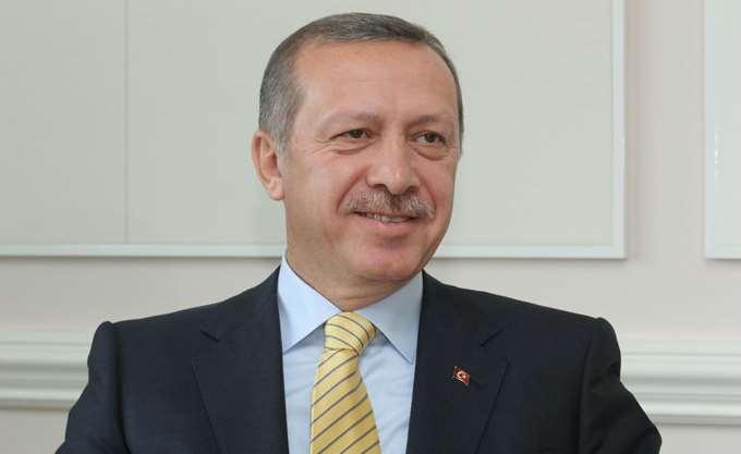 """Διεκδικήσεις στην κυπριακή ΑΟΖ & """"δώρα"""" από την ΕΕ, η ατζέντα του Ερντογάν στη Βάρνα"""