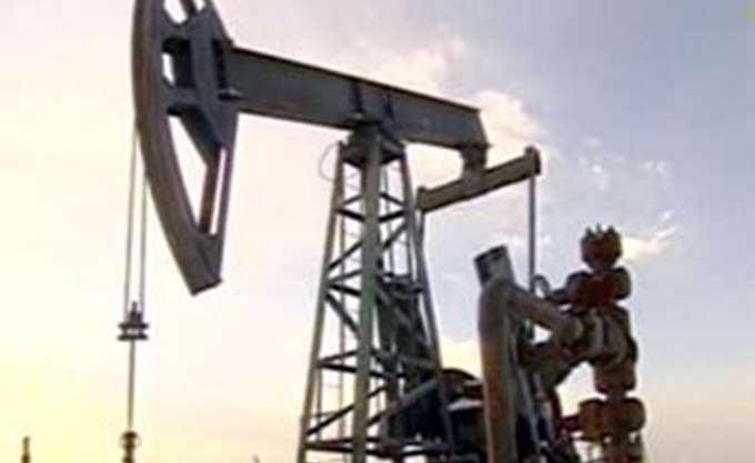Πτώση για το πετρέλαιο εν αναμονή των αποφάσεων των μεγάλων πετρελαιοπαραγωγών
