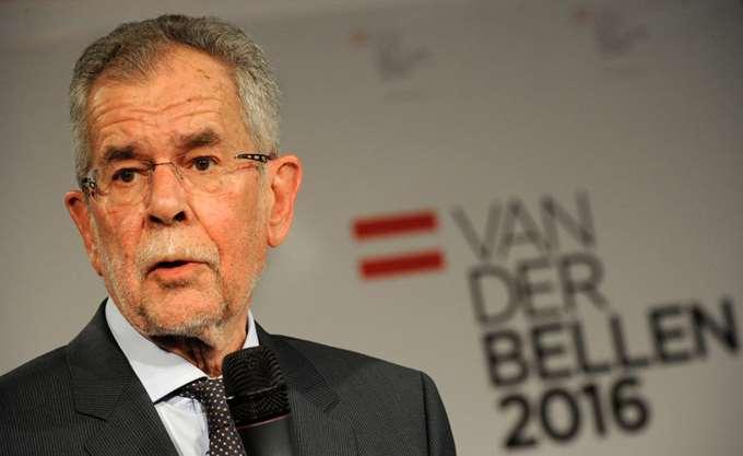 Σκληρή κριτική του προέδρου της Αυστρίας κατά της κυβέρνησης του καγκελαρίου Κουρτς