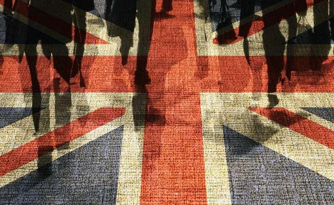 Βρετανία: Σε χαμηλό εξαμήνου οι πωλήσεις λιανικής