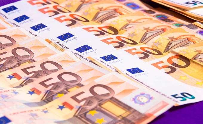 Το ευρώ ενισχύεται 0,13%, στα 1,1885 δολάρια
