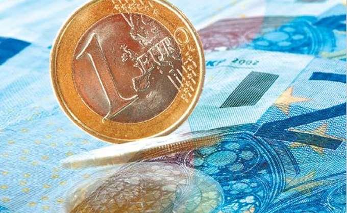 Reuters: Η Ελλάδα θέλει να διατηρήσει πρωτογενές πλεόνασμα άνω του 3,5% του ΑΕΠ έως το 2022