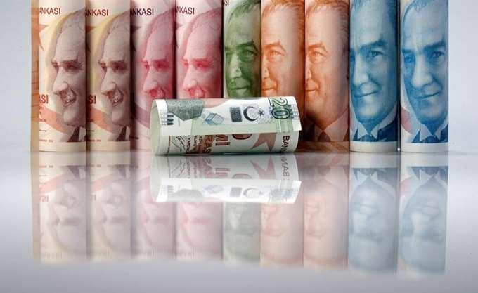 Τουρκία: Σε νέο ιστορικό χαμηλό έναντι του δολαρίου υποχώρησε η λίρα
