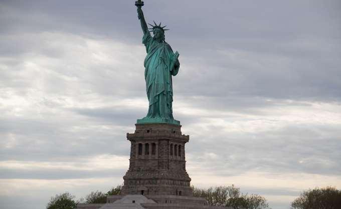 ΗΠΑ: Θα γλιτώσει το Άγαλμα της Ελευθερίας από το shutdown