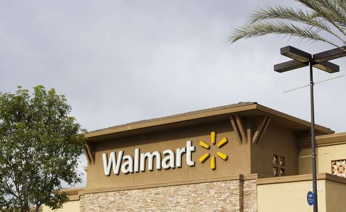 ΗΠΑ: Η Walmart αυξάνει το όριο ηλικίας για την αγορά όπλων