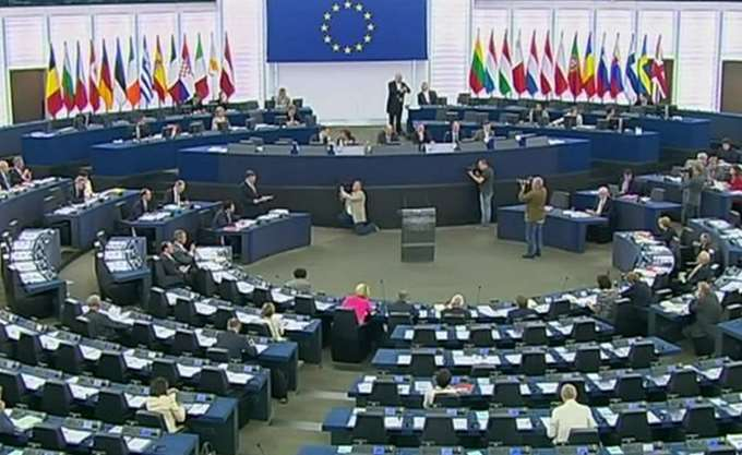 Το Ευρωπαϊκό Κοινοβούλιο διακόπτει οικονομική ενίσχυση 70 εκατ. ευρώ προς την Τουρκία