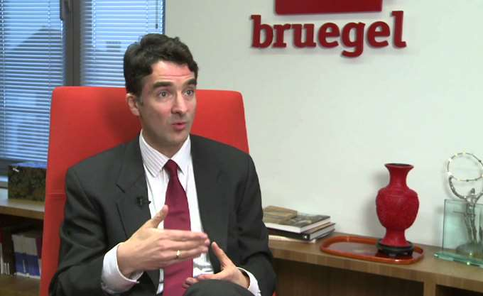 Zsolt Darvas (Bruegel) στο Capital.gr: Υπερβολικά ακριβή η έξοδος της Ελλάδας στις αγορές