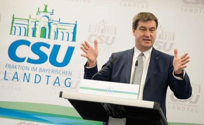 SZ: Zέντερ, Σαλβίνι, Κουρτς θέτουν το τέλος της ΕΕ