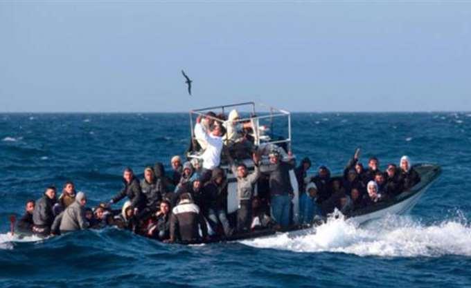 """""""Μέση λύση"""" βρήκαν Ιταλία - Μάλτα για το πλοίο Lifeline που μεταφέρει μετανάστες"""