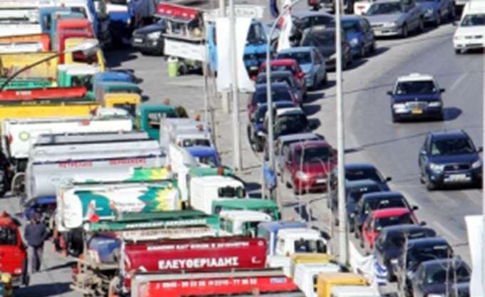 Παρατηρητήριο κομίστρων και ελάχιστο κόστος μεταφοράς ζητούν οι ιδιοκτήτες φορτηγών