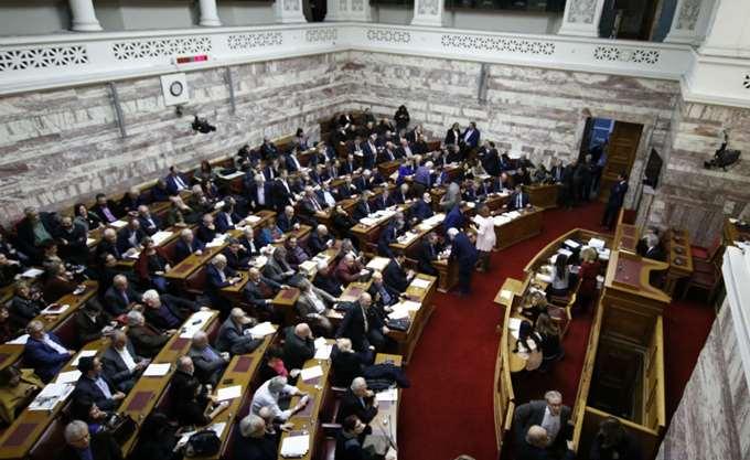 Ξεκίνησε η συνεδρίαση της Επιτροπής Εξωτερικών και Εθνικής Άμυνας για τη Συμφωνία των Πρεσπών