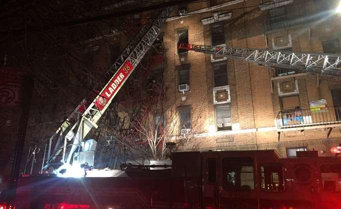 ΗΠΑ: Τουλάχιστον 12 νεκροί, τέσσερις σοβαρά τραυματίες σε πυρκαγιά στο Μπρονξ