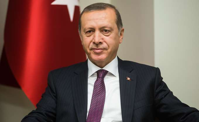 Ερντογάν: Σεβόμαστε τη Λωζάνη, απαιτούμε αλλαγές στη Θράκη