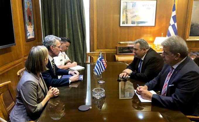 Συνάντηση Καμμένου με διοικητές ειδικών δυνάμεων των ΗΠΑ, παρουσία Πάιατ