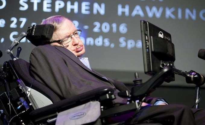 """Δημοσιεύθηκε μετά θάνατον η τελευταία θεωρία του Στίβεν Χόκινγκ για το """"Μπιγκ Μπανγκ"""""""