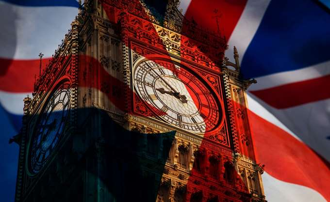 Standard & Poor's: Η πολιτική αστάθεια στη Βρετανία μπορεί να επηρεάσει την ανάπτυξη