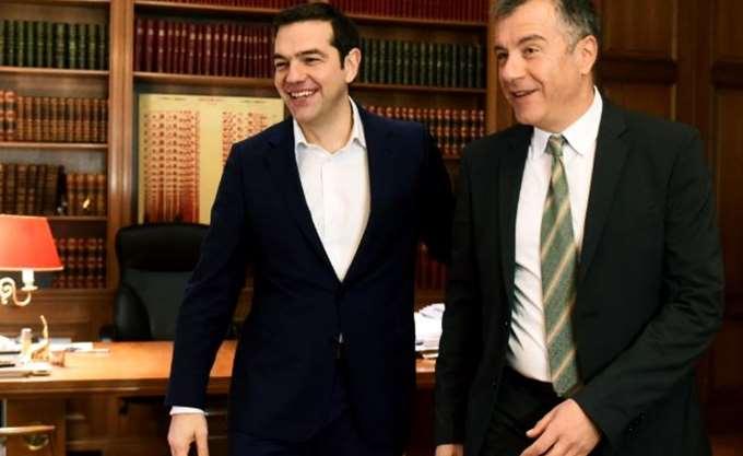 """Στο """"κάδρο"""" Τσίπρα ο Σταύρος Θεοδωράκης με αφορμή τα ελληνοτουρκικά"""