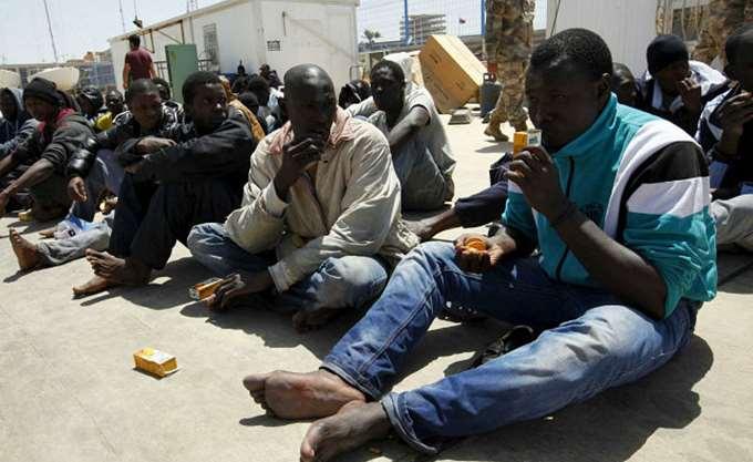 UNHCR: Επικίνδυνη επιδείνωση των συνθηκών διαβίωσης για τους μετανάστες  στα λιβυκά κέντρα κράτησης