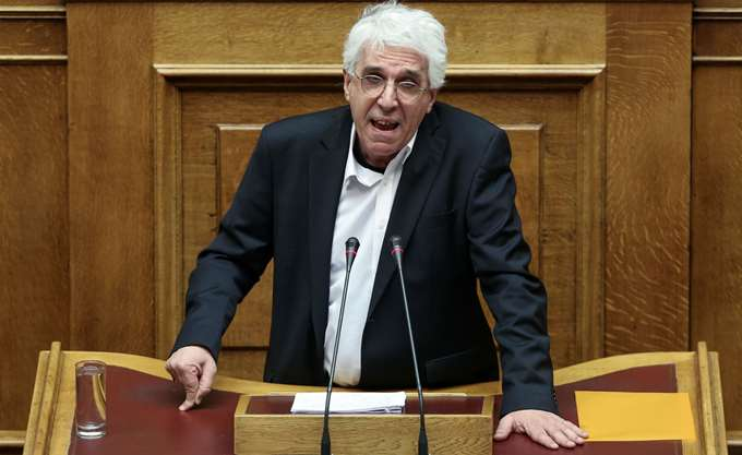 Διαψεύδει ο Παρασκευόπουλος πως αποφυλακίστηκε με το νόμο του συλληφθείς στη συμπλοκή με αστυνομικούς