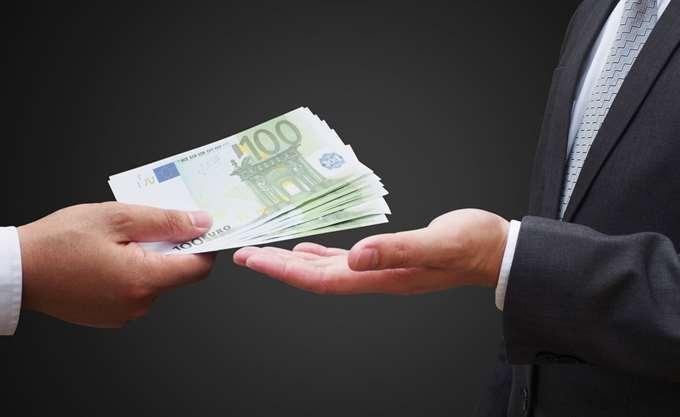 """""""Κατρακυλά"""" η Ελλάδα στις επιδόσεις της Παγκόσμιας Τράπεζας"""