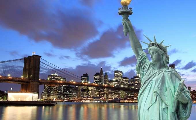 Επαφές Ευ. Τσακαλώτου με επενδυτές στη Νέα Υόρκη