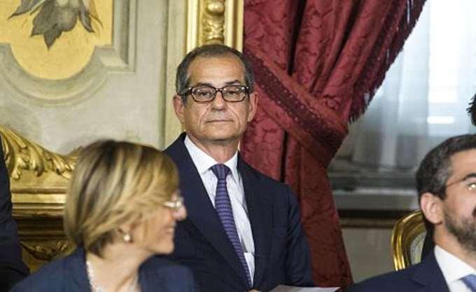 Ιταλός ΥΠΟΙΚ: Δεν είναι στις προθέσεις μας να εγκαταλείψουμε το ευρώ