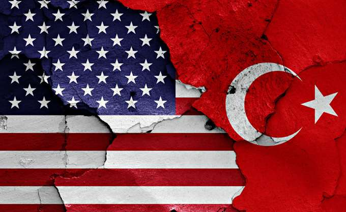 ΗΠΑ: Έτοιμες να επιβάλουν κυρώσεις αν η Τουρκία αποκτήσει τα ρωσικά S-400