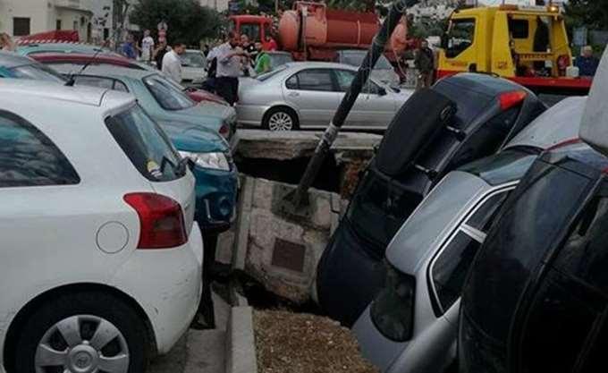 Βούλιαξε υπαίθριο πάρκινγκ απέναντι από τον ΗΣΑΠ Ταύρου
