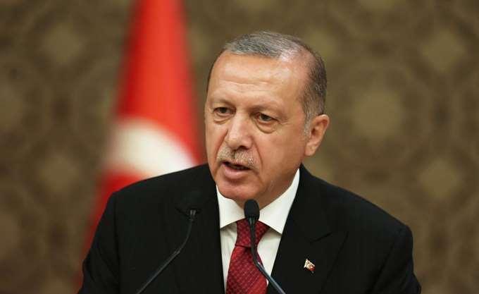 """""""Βαθιά ταραγμένος"""" από την καταστροφή της Παναγίας των Παρισίων δηλώνει ο Ερντογάν"""