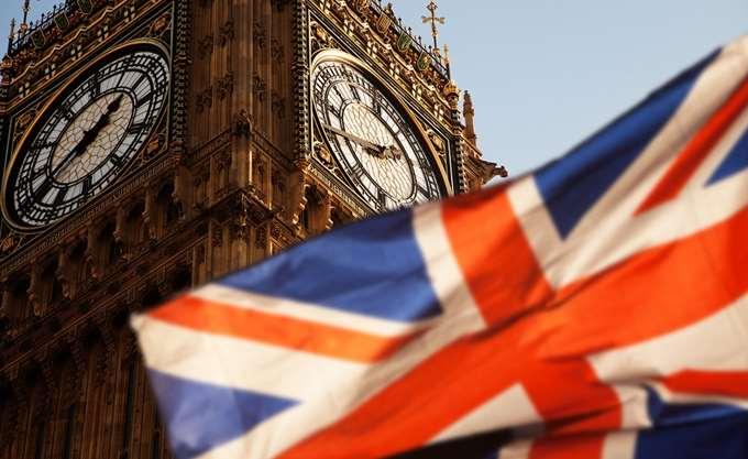 Mπαρνιέ: Η Βρετανία δεν μπορεί να αθετήσει τις δεσμεύσεις για το Brexit